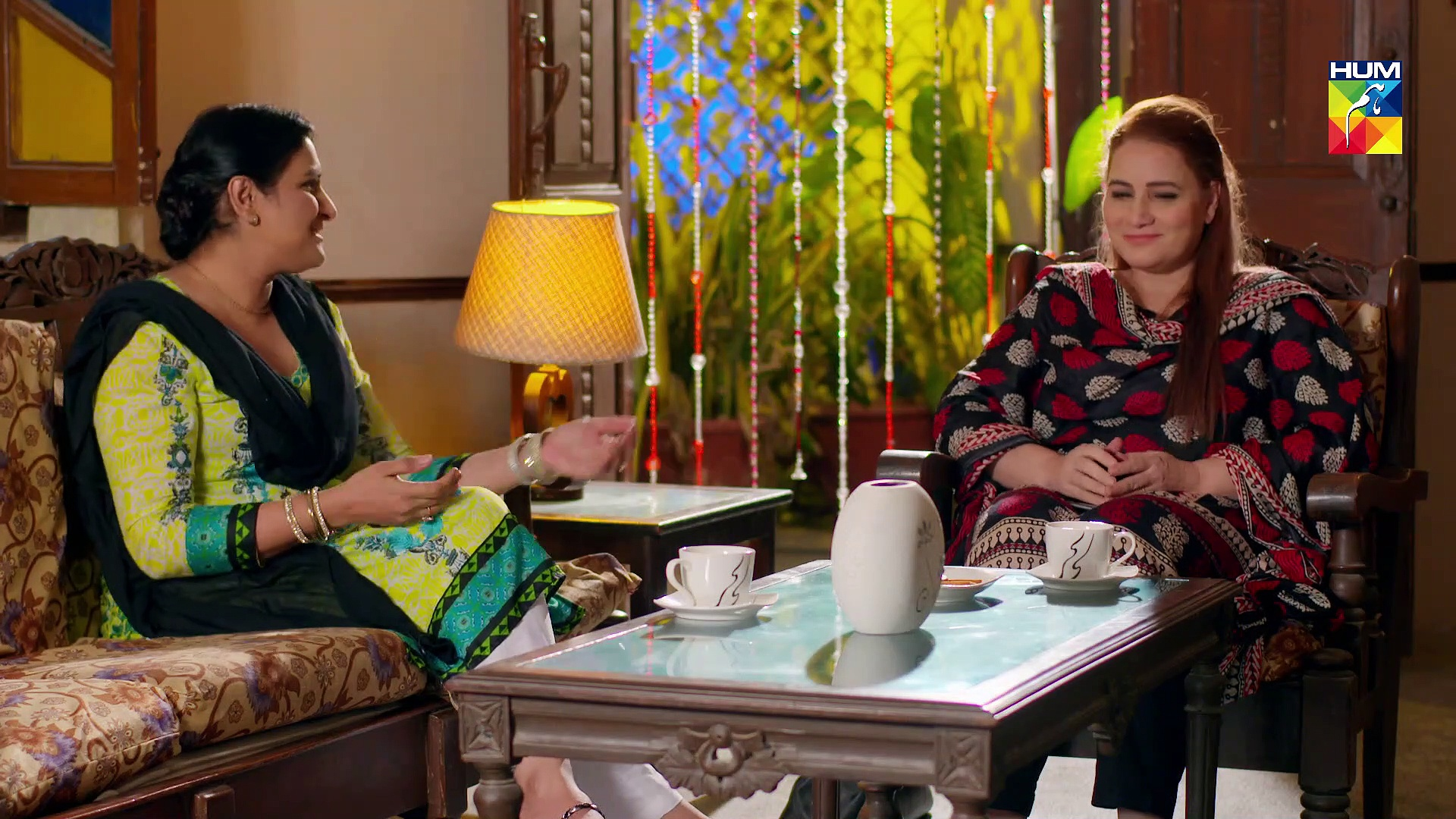 Resham Gali Ki Husna Episode 18 HUM TV Drama 17 November 2019